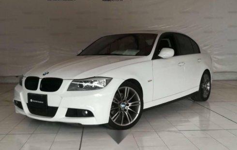 Vendo un carro BMW Sevie 3 2011 excelente, llámama para verlo
