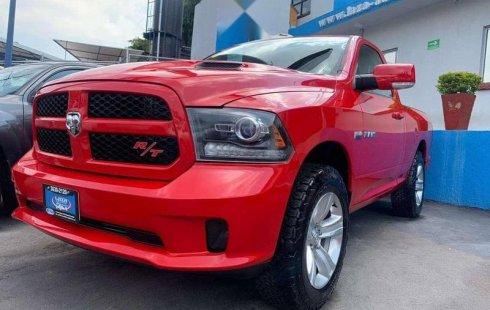 Un Dodge Ram 2500 2016 impecable te está esperando