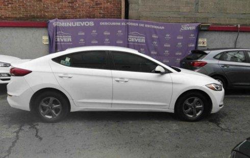 Quiero vender inmediatamente mi auto Hyundai Elantra 2017 muy bien cuidado