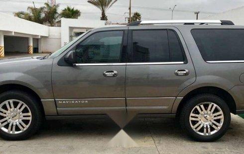 Llámame inmediatamente para poseer excelente un Lincoln Navigator 2013 Automático