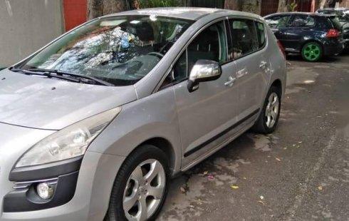 Se vende un Peugeot 3008 2012 por cuestiones económicas
