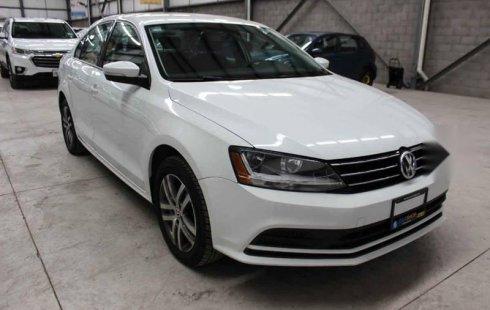 Se vende un Volkswagen Jetta 2017 por cuestiones económicas