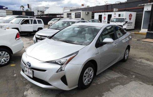 Quiero vender cuanto antes posible un Toyota Prius 2017