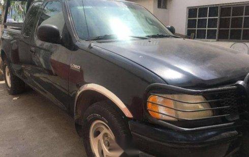 Urge!! Un excelente Ford Lobo 2000 Automático vendido a un precio increíblemente barato en Monterrey