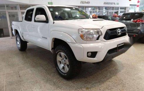 Vendo un Toyota Tacoma en exelente estado