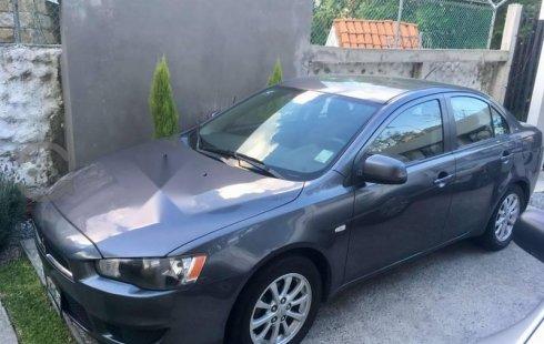 Quiero vender inmediatamente mi auto Mitsubishi Lancer 2011 muy bien cuidado
