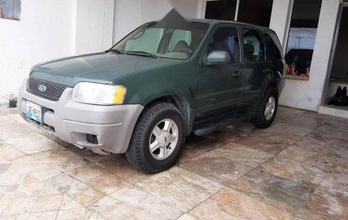 Se vende un Ford Escape 2001 por cuestiones económicas