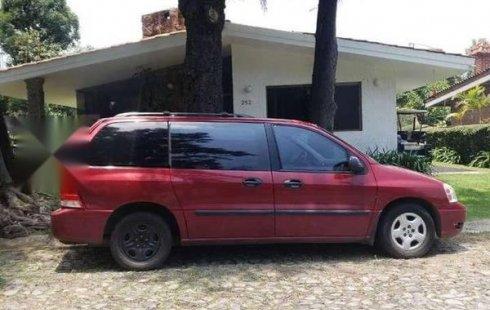 Vendo un carro Ford Freestar 2004 excelente, llámama para verlo