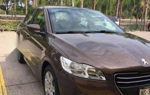 Quiero vender inmediatamente mi auto Peugeot 301 2017 muy bien cuidado