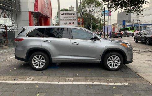 Se pone en venta un Toyota Highlander
