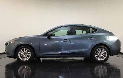 Vendo un carro Mazda 3 2016 excelente, llámama para verlo