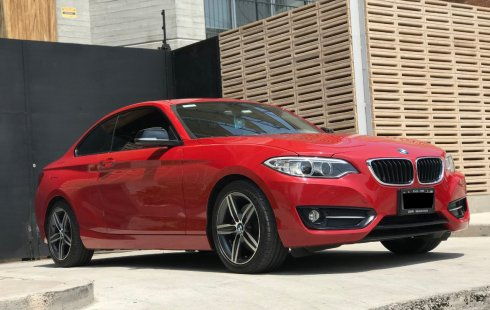 BMW 220iA coupe Line Automático Rojo