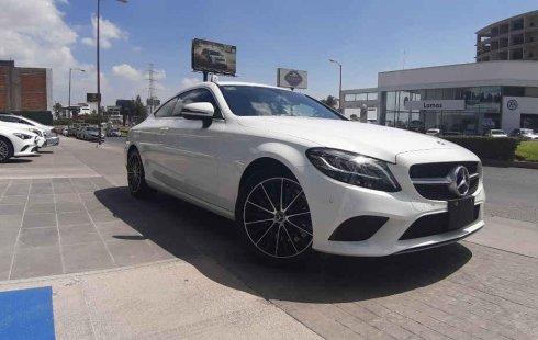 Quiero vender inmediatamente mi auto Mercedes-Benz Clase C 2019 muy bien cuidado