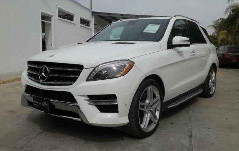 Pongo a la venta un Mercedes-Benz Clase M en excelente condicción