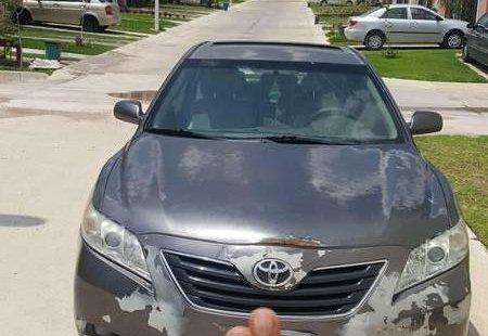 Toyota Camry precio muy asequible
