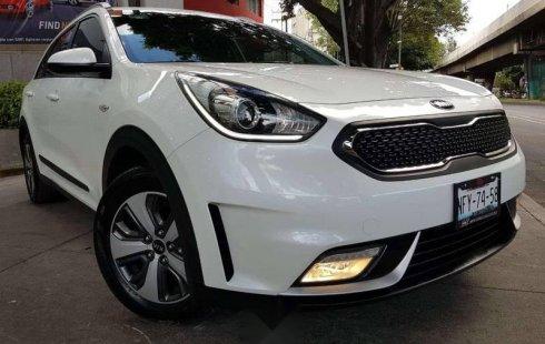 Un carro Kia Niro 2019 en Iztacalco