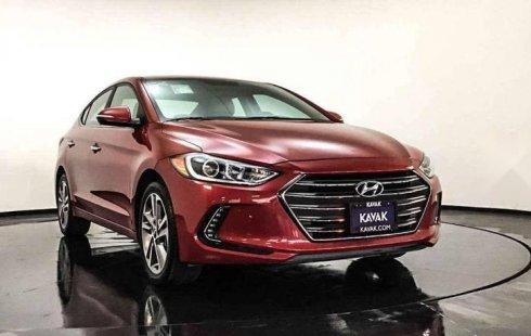 Un Hyundai Elantra 2017 impecable te está esperando