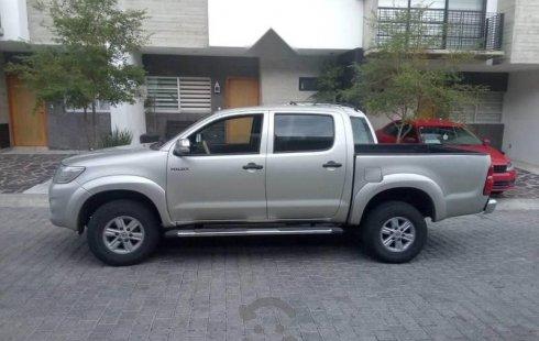 Toyota Hilux 2012 barato en Zapopan