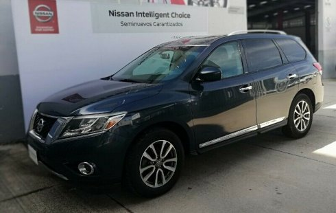 Se vende un Nissan Pathfinder 2016 por cuestiones económicas