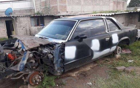 Un Chevrolet Malibu 1981 está en la venta