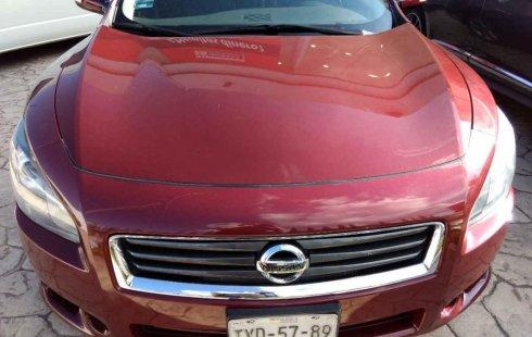 Un Nissan Maxima 2013 impecable te está esperando