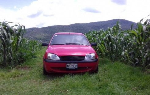 Vendo excelente Ford Ikon segundo dueño, siempre particular, todo pagado, muy conservado