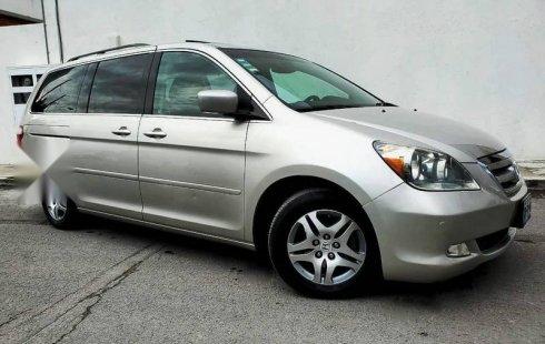 En venta carro Honda Odyssey 2007 en excelente estado