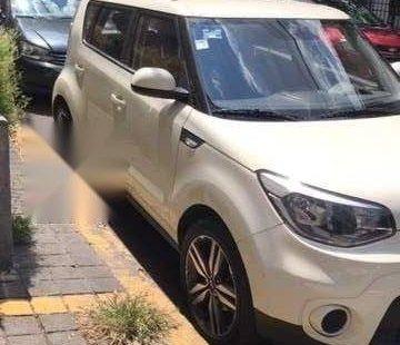 Vendo un carro Kia Soul 2018 excelente, llámama para verlo