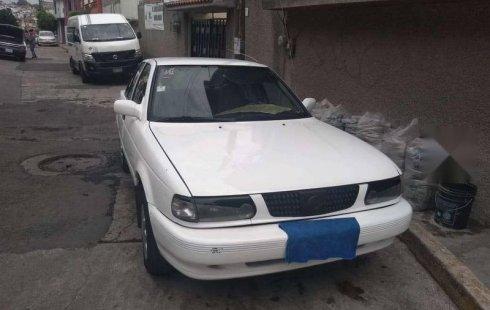 Tengo que vender mi querido Nissan Tsuru 2008