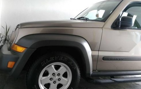 Jeep Liberty 2006 impecable