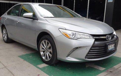 Auto usado Toyota Camry 2017 a un precio increíblemente barato