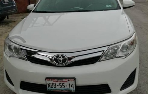 Precio de Toyota Camry 2012