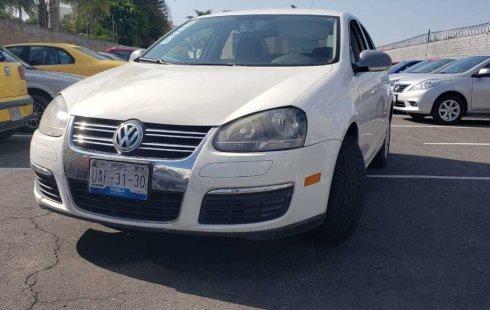 Urge!! Un excelente Volkswagen Bora 2010 Manual vendido a un precio increíblemente barato en Puebla