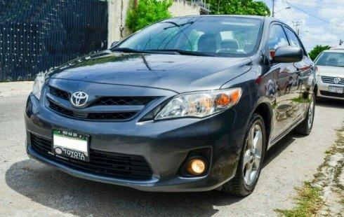 Se vende un Toyota Corolla de segunda mano