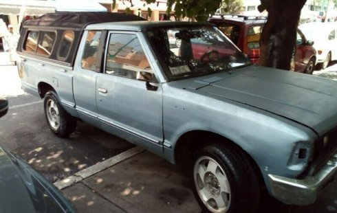 Quiero vender inmediatamente mi auto Nissan Pick Up 1983 muy bien cuidado