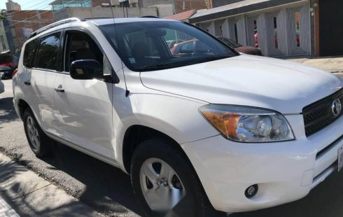 Se pone en venta un Toyota RAV4