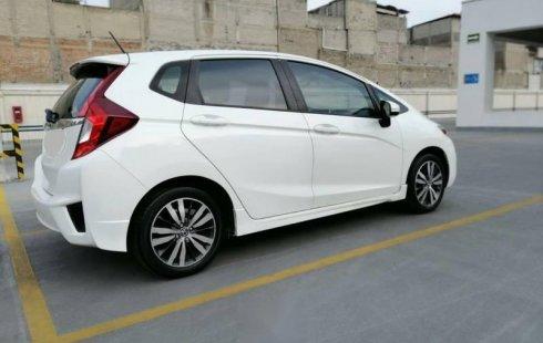 Vendo un carro Honda Fit 2017 excelente, llámama para verlo