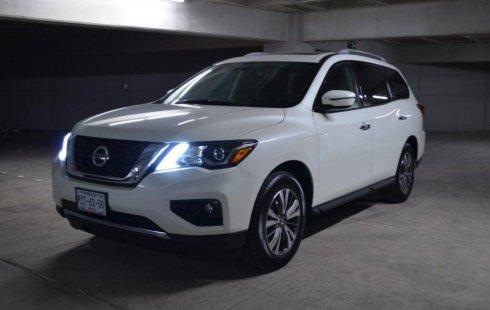 Se vende un Nissan Pathfinder 2018 por cuestiones económicas