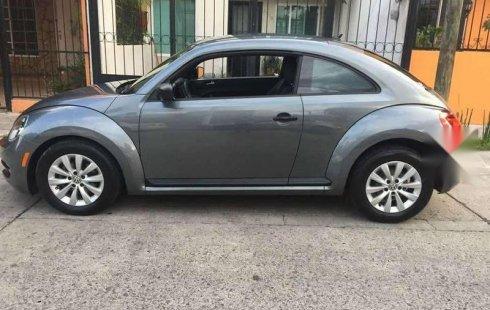 Quiero vender cuanto antes posible un Volkswagen Beetle 2012