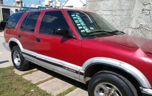 Pongo a la venta cuanto antes posible un Chevrolet Blazer en excelente condicción a un precio increíblemente barato