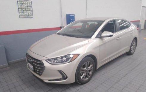 Hyundai Elantra 2018 en buen estado