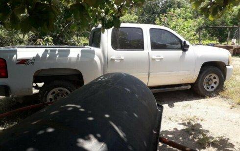 Tengo que vender mi querido Chevrolet Silverado 2012