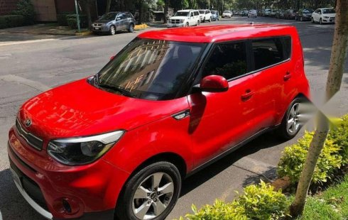 Un carro Kia Soul 2017 en Tlalpan