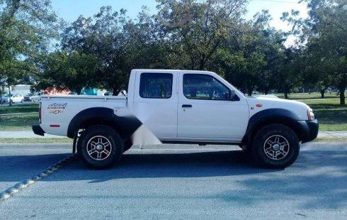 Se vende urgemente Nissan NP300 2013 Manual en Apodaca