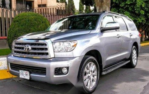 Quiero vender cuanto antes posible un Toyota Sequoia 2013