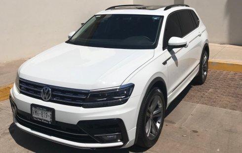 Quiero vender inmediatamente mi auto Volkswagen Tiguan 2019 muy bien cuidado