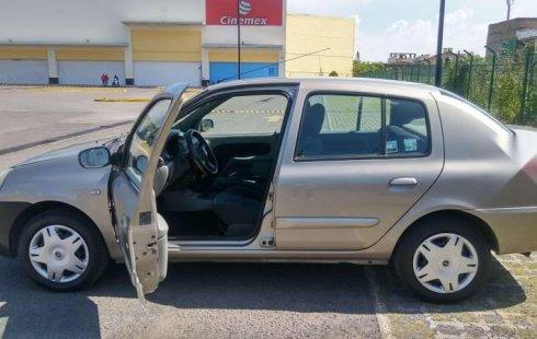 Pongo a la venta cuanto antes posible un Nissan Platina en excelente condicción a un precio increíblemente barato