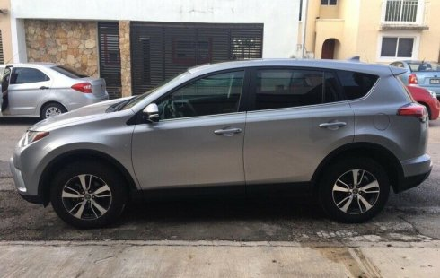 Tengo que vender mi querido Toyota RAV4 2017
