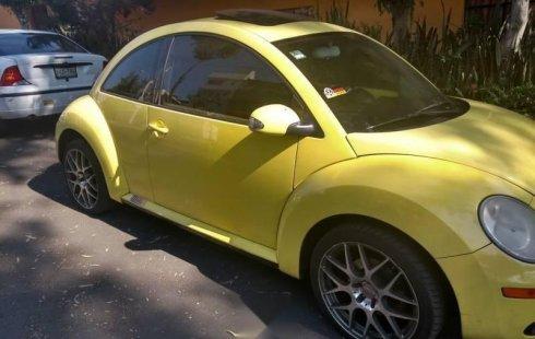Un Volkswagen Beetle 2008 impecable te está esperando