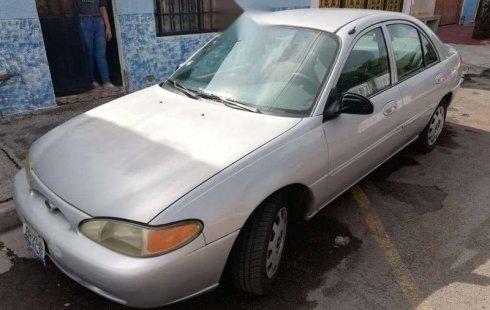 Un excelente Ford Escort 1999 está en la venta
